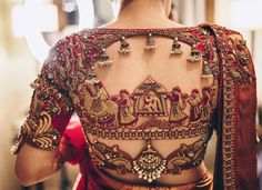 Blouse back neck designs are everything when it comes to picking a good blouse. Here are 40 latest blouse back neck designs that will inspire you to stitch the best blouse for your big day! Wedding Saree Blouse Designs, Pattu Saree Blouse Designs, Blouse Designs Silk, Blouse Patterns, Wedding Blouses, Saree Wedding, Golden Blouse Designs, Tamil Wedding, Wedding Dresses