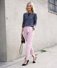 How to Wear Pastel Pants – Four Bloggers Model Pale Jeans | Check out four L.A. bloggers modeling pastel pants for spring on Refinery29. See four bloggers wear pastel pants differently. #refinery29 http://www.refinery29.com/how-to-wear-pastel-pants