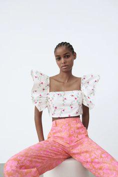 PRINTED CROP TOP | ZARA India Sleeveless Crop Top, Zara United States, Ruffle Trim, Off Shoulder Blouse, Crop Tops, Cute, Prints, Clothes, Teen Fashion