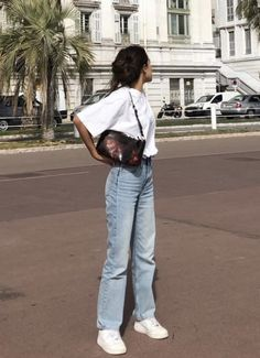 style inspiration + vacation look + fashion + outfit + summer naturals + beige aesthetic + neutral colour palette + beauty + mood board Adrette Outfits, Retro Outfits, Cute Casual Outfits, Fall Outfits, Vintage Outfits, Summer Outfits, Fashion Outfits, Fashion Shoes, Grunge Outfits