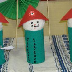 Albumarchívum Christmas Stockings, Christmas Ornaments, Charts, Holiday Decor, Home Decor, Needlepoint Christmas Stockings, Graphics, Decoration Home, Room Decor
