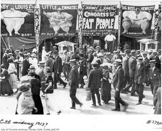 """Toronto Freakshow 1910s. The Congress of Fat People? Hard to believe obesity used to be a """"freak"""" quality. 'Murica."""