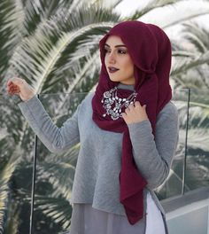 Image in Hijabiiiista 😌👑 collection by Amany on We Heart It Modest Outfits, Modest Fashion, Unique Fashion, Hijab Fashion, Fashion Dresses, Dubai Fashion, Style Fashion, Summer Outfits, Muslim Women Fashion