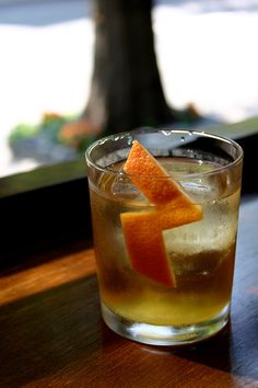 This sweet, spicy riff on an old fashioned is everything you want in an alcoholic drink. #cocktail #recipe http://greatist.com/eat/recipes/new-fashion-ista-cocktail
