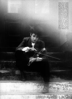 ☆ Shalom Harlow   Photography by Max Vadukul   For Vogue Magazine France   October 1993 ☆ #Shalom_Harlow #Max_Vadukul #Vogue #1993