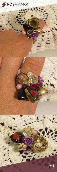 Statement ring Flowers, hearts, bow and gems stretch statement ring. Jewelry Rings