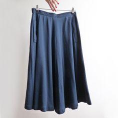 Jupe longue en maille T-shirt marine taille 38-40