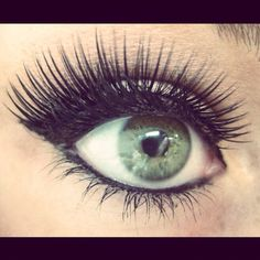 My green eye with show make up :)