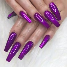 What Christmas manicure to choose for a festive mood - My Nails Chrome Nails Designs, Purple Nail Designs, Nail Polish Designs, Acrylic Nail Designs, Nail Art Designs, Sexy Nails, Cute Nails, Pretty Nails, Purple Acrylic Nails