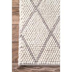 nuLOOM Handmade Diamond Trellis Ivory Shag Rug (8'6 x 11'6)