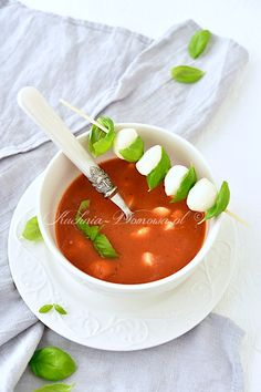 Mozzarella, Thai Red Curry, Soup Recipes, Food And Drink, Yummy Food, Meals, Impreza, Vegetables, Cooking