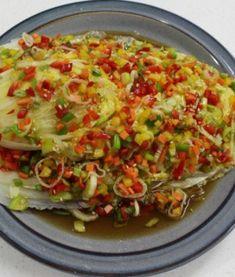 새내기 주부님들도 쉽게 남편에게 칭찬받는 오이 김치 만드는방법 Authentic Korean Food, Korean Side Dishes, Asian Recipes, Ethnic Recipes, Veggie Dishes, Light Recipes, Food Menu, Food Design, No Cook Meals