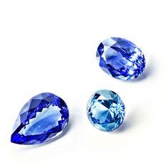 Les saphirs de RenéSim http://www.vogue.fr/joaillerie/le-bijou-du-jour/diaporama/renesim-maximilian-hemmerle-site-joaillerie-en-ligne-pierres-precieuses/11360#4