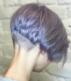 10 Trendy Pixie Haircuts- Short Hair Styles for Women A pixie haircut is the brave and beautiful hairstyle which has taken the fashion world by storm. A stunning super short crop which shows off yo. Pixie Bob Haircut, Short Pixie Haircuts, Short Hairstyles For Women, Straight Hairstyles, Short Bob With Undercut, Undercut Bob, Very Short Hair, Short Hair Cuts, Short Hair Styles