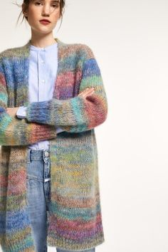 Knit Coat with Colour Gradient Ladies Cardigan Knitting Patterns, Cardigan Pattern, Knitting Patterns Free, Hand Knitting, Crochet Jacket, Crochet Cardigan, Knit Jacket, Knit Crochet, Knitted Coat