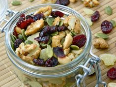 Seasonal Mix: Cashews, craisins, candied ginger, and pumpkin seeds. This is holiday happiness by the handful, people.