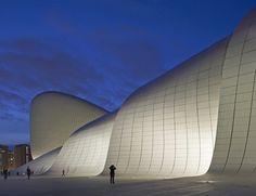 Heydar Aliyev Center,© Hufton+Crow