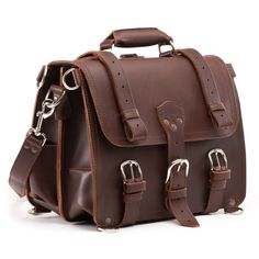 leather briefcase medium in chestnut leather Mens Leather Laptop Bag, Leather Briefcase, Cow Leather, Leather Backpack, Leather Bags, Everyday Carry Bag, Saddleback Leather, Classic Leather, Laptop Backpack