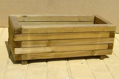 maceta de madera 2 Outdoor Projects, Garden Projects, Wood Projects, Outdoor Decor, Planter Box Plans, Planter Boxes, Pallet Crafts, Wooden Crafts, Furniture Plans