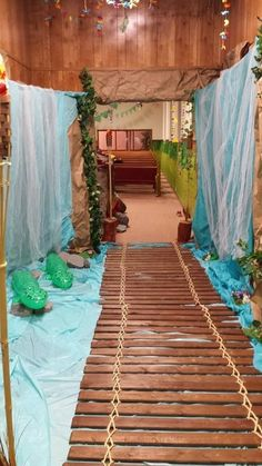 VBS Safari Jungle bridge with river under.