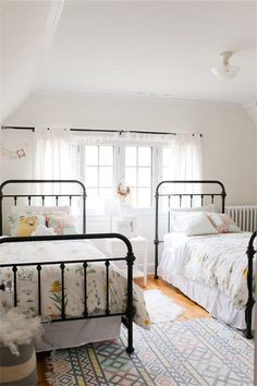 Black bed frame kids bedroom with two beds and wrought iron bed frames Twin Girl Bedrooms, Shared Bedrooms, Twin Bedroom Ideas, Twin Beds For Kids, Twin Bed For Girls, Shared Girls Rooms, Twin Bed Room, Kids Bedroom Ideas For Girls Toddler, Toddler Twin Bed