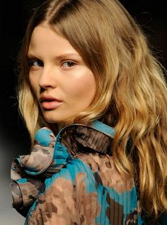 Hair and Makeup From Stella McCartney's Spring 2010 Runway Show: Runway Beauty: allure.com