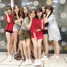 Instagram update Cr: twitter Gfriend Yuju, Gfriend Sowon, Gfriend Album, Kpop Girl Groups, Korean Girl Groups, Kpop Girls, Fake Instagram, Japanese School, Korean Bands