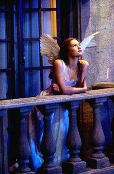 "Claire Danes in ""Romeo + Juliet"" 1996 - One of the best movies of the Romeo Juliet 1996, Juliet Movie, Romeo And Juliet Drawing, Romeo Movie, Romeo And Juliet Poster, Romeo And Juliet Costumes, Claire Danes, William Shakespeare, Leonardo Dicaprio Romeo"