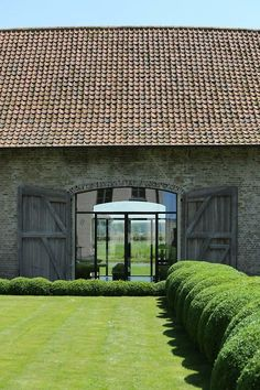 when i own a vineyard (via Pin by t h e f u l l e r v i e w on g a r d e n s | Pinterest)