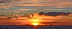 Картинки по запросу закат море крыши