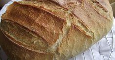 Sok-sok kenyér került ki már a kezem alól, de valahogy valami mindig hiányzott. Finom volt, jó volt az állaga, szép a bélzete, de valahogy a...