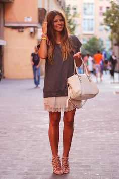 trendy_taste-look-outfit-street_style-studed_tee-camiseta_tachuelas-vince_camuto-zara-falda_gasa-lace_up_sandals-sandalias_cordones-9 by Trendy Taste, via Flickr