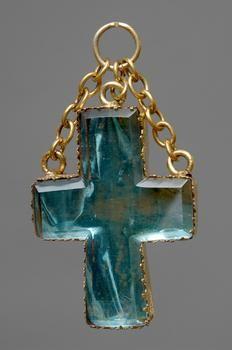 Italian (Loreto) about 1600 Reliquary; Kreuzreliquiar Bronze, gold-plated, glass, metal foil / cast, engraved