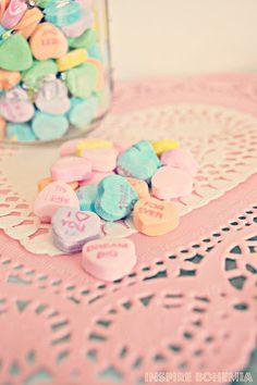 Inspire Bohemia: Strawberry Cupcake Recipe + Valentine's Day Crafts and Decorating. Valentines Day Tablescapes, Valentine Day Crafts, Strawberry Cupcake Recipes, Cacti And Succulents, Business Design, Garden Design, Miami, Cactus, Inspire