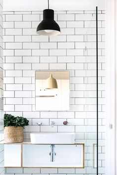 Love the subway tiles