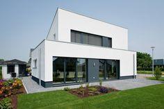 Haus E - Passivhaus des Jahres 2012 (im Auftrag Sommer Passivhaus GmbH): Minimalistisch Häuser von Architektur Jansen