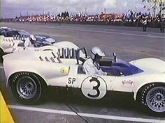 #4 Start of Sebring 1965 - Jim Hall and his winning Chaparral | Flickr - Photo Sharing!