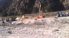 Robby Gordon casi causa accidente Baja 1000 2015
