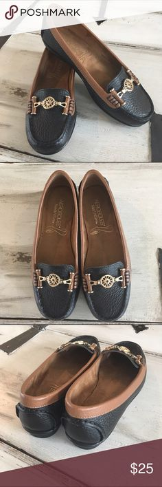 Leather Black + Gold + Brown Loafers Aerosoles comfort with a Tory Burch-like look!  Great for the office.  The color combo ensures they will go with everything!  Pristine condition. 👌🏼Genuine leather uppers. AEROSOLES Shoes Flats & Loafers
