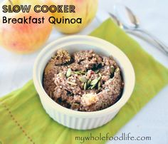 Note from TeamMona: No time to cook breakfast in the morning? Slow Cooker Breakfast Quinoa is your answer. Just throw everything in the crockpot the night before and wake up to a warm and nourishing breakfast! Slow Cooker Quinoa, Slow Cooker Breakfast, Quinoa Breakfast, Breakfast Recipes, Crockpot Quinoa, Quinoa Recipe, Breakfast Ideas, Cooked Quinoa, Vegetarian Breakfast