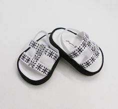18 american girl doll shoes sandals black and white by MegOriGirls, $9.00