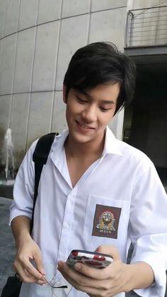 Boy Images, Boy Pictures, Cool Boy Image, Aesthetic Boy, Thai Drama, Ulzzang Boy, Meme Faces, Favorite Person, Boyfriend Material
