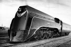 """cloggo: """"DIESELPUNK-Streamline Steam Australia produced one of the classiest streamliners in their S class locos. Quote:-""""In November iconic Victorian Railways Commissioner Harold Clapp,. Rail Train, Train Art, Old Trains, Train Pictures, Train Engines, Railroad Photography, Steam Engine, Electric, Steam Locomotive"""