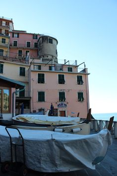 Colours of the Cinque Terre, italy I Smile, Make Me Smile, Cinque Terre, Mount Rushmore, Creativity, Italy, Colours, Mountains, Mansions