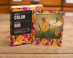 Tendencias Imposibles: nuevo papel floreado para antiguas cámaras Polaroid Poloroid Film, Polaroid Instax Mini, Instax Film, Polaroid Pictures, Polaroids, Instant Camera, Mexico Travel, Phone Covers, Birthday Wishes