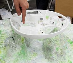 """Japanese architect Junya Ishigami—apparently known as """"a brash upstart with a flair for the controversial""""—has just released plans for a private residence commissioned by an art collector, to be. Japanese Architecture, Concept Architecture, Architecture Design, Architecture Models, Interior Design Inspiration, Home Interior Design, Co Housing, Arch Model, Building Design"""