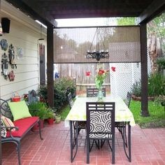 Gorgeous {DIY} Backyard Patio {Makeover!}