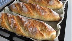 Veľmi jednoduché domáce pečivo podľa receptu z youtube, ktoré zvládnete ľavou zadnou. Načo chodiť zbytočne do pekárne, keď si priamo doma pripravíte chrumkavé voňavé pečivo kedykoľvek ho budete potrebovať alebo naň dostanete chuť!Potrebujeme:4 PL olivového … Bread Recipes, Baking Recipes, Cake Recipes, Savoury Baking, Bread Baking, Biscuit Muffin Recipe, Pain Pizza, Pan Relleno, Pretzels Recipe