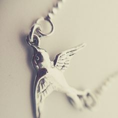 FeelGood Market online:Necklace Swallow