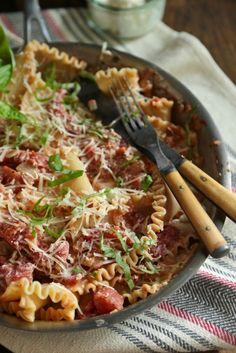 Healthy One Skillet Lasagna by countrycleaver #Lasagna #One_Skillet #Healthy